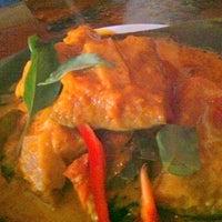 Das Foto wurde bei Thai X-ing von Matt S. am 7/10/2012 aufgenommen