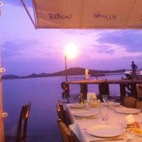 8/29/2011 tarihinde Bora A.ziyaretçi tarafından Boncuk Restaurant'de çekilen fotoğraf