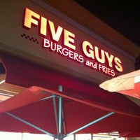 Photo taken at Five Guys by Jorge F. on 8/14/2011