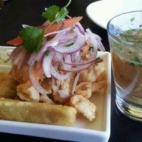 Foto tirada no(a) Limon Rotisserie por Cary S. em 2/17/2012