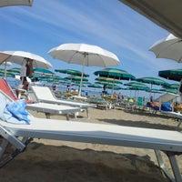 Foto scattata a Maré | cucina caffè spiaggia bottega da Gianluca B. il 5/27/2012