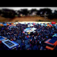 Photo taken at Off the Grid: Fort Mason Center by Phong L. on 8/18/2012