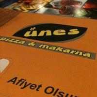 Das Foto wurde bei Ünes Pizza & Makarna von Erbil K. am 2/19/2012 aufgenommen