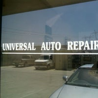 Photo prise au Universal Auto Repair par Shawn U. le5/26/2011
