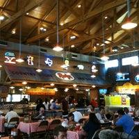 Foto tirada no(a) Rudy's Country Store & Bar-B-Q por Jo B. em 8/23/2011