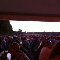 Das Foto wurde bei Schumachers Biergarten von Karsten K. am 7/26/2012 aufgenommen