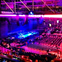 Photo prise au Hallenstadion par Natalie Valentina C. le3/26/2012