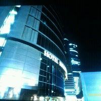 Foto tomada en Hotel Eurostars Madrid Tower por Jono H. el 1/21/2012