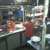 Photo taken at Pudu Market Wantan Mee (Night only) by xTr3me on 6/5/2011