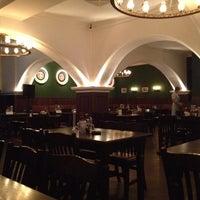Снимок сделан в Brauhaus пользователем Andrew M. 5/20/2012