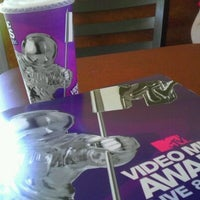 Photo taken at Taco Bell by Matthew L. on 8/18/2011
