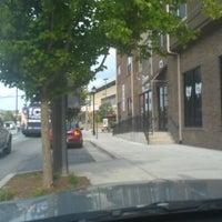 8/19/2012 tarihinde Pink Sugar Atlanta N.ziyaretçi tarafından Intown Market'de çekilen fotoğraf
