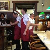 Photo prise au Restaurant de l'Ogenblik par Philip G. le12/16/2011
