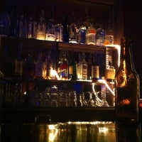Foto tirada no(a) Club 93 por Rinkesh P. em 10/29/2011