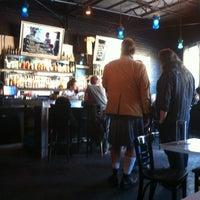 Das Foto wurde bei The White Rabbit von Marcus G. am 4/23/2012 aufgenommen