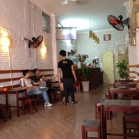 Photo taken at Cafe Năng by Muxiut S. on 8/23/2012