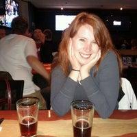 Foto tomada en Ollie's Pub por Patrick H. el 11/6/2011