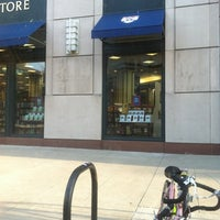 Photo taken at Penn Bookstore by Joe P. on 3/12/2012