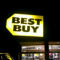 Photo taken at Best Buy by Alex S. on 12/30/2011