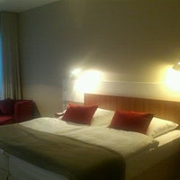 Das Foto wurde bei Hotel Nikko Düsseldorf von Chunghee K. am 9/22/2011 aufgenommen