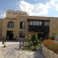 Photo prise au Tourist Hotels & Resorts Cappadocia par Dana C. le8/15/2012