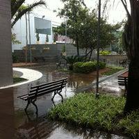 Photo taken at Centro Universitário Ritter dos Reis (UniRitter) by @Léia™ on 9/13/2011