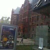 4/21/2012 tarihinde Carlos R.ziyaretçi tarafından Royal Conservatory of Music'de çekilen fotoğraf