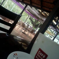 Photo taken at Cafe Coffee Day (Kowdiar) by Arun k. on 9/21/2011