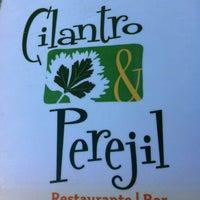 Foto tomada en Cilantro y Perejil por Edy M. el 1/22/2012