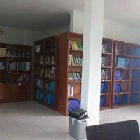 Photo taken at Akademi Analis Kesehatan Manggala by Hesti I. on 3/20/2012