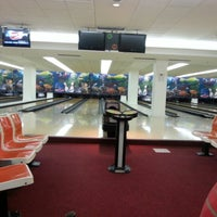 Photo taken at Park Bowling by Lucas F. on 7/19/2012
