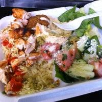 Das Foto wurde bei Falafel King von Kathir K. am 4/15/2012 aufgenommen