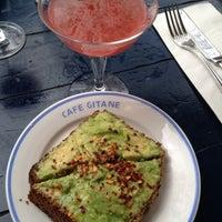 Das Foto wurde bei Café Gitane von Win B. am 3/17/2012 aufgenommen