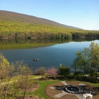 Photo taken at Rocky Gap Casino Resort by Lourdes M. on 4/21/2012