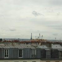 Photo taken at Le Ventre de l'Architecte by Sal I. on 6/29/2012