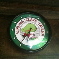 Photo taken at Winking Lizard Tavern by Kam T. on 5/17/2012
