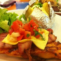 Photo taken at Sizzler by SUPER T. on 3/23/2012