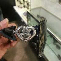 Foto diambil di Nordstrom Tacoma Mall oleh Aeja pada 7/16/2012