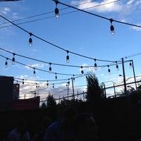 9/4/2012 tarihinde Charlieziyaretçi tarafından The Hornet Restaurant'de çekilen fotoğraf