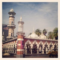 Photo taken at Masjid Jamek Kuala Lumpur by Alessio on 8/25/2012