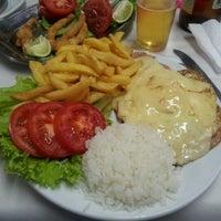 Photo taken at Restaurante Mariscão by Fernando F. on 3/4/2012