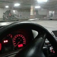 Photo taken at Estacionamento Coberto by Claudio D. on 8/10/2012