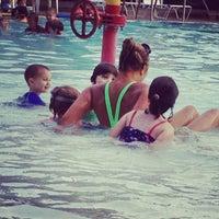 Foto tomada en Sellwood Pool por Erin L. el 8/28/2012
