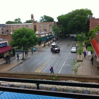 Photo taken at CTA - Noyes by Nicole W. on 6/1/2012