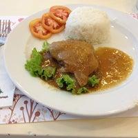 Photo taken at Little Home Restaurant by Kissi K. on 7/28/2012