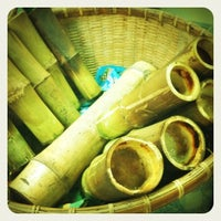 Photo taken at แม่เผื่อ ข้าวหลามหนองมล by Anunta I. on 6/23/2012