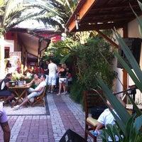 Foto tirada no(a) Cervejaria Ô Fiô, por Robson D. em 4/7/2012