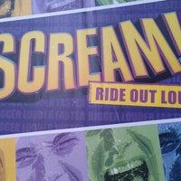 Снимок сделан в Scream пользователем Grissel G. 4/28/2012