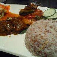Photo taken at La Viva Cafe by Faezah M. on 5/21/2012