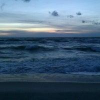 Photo taken at Nidos centrinis pliazas/ Nida Beach by Rita M. on 9/6/2012